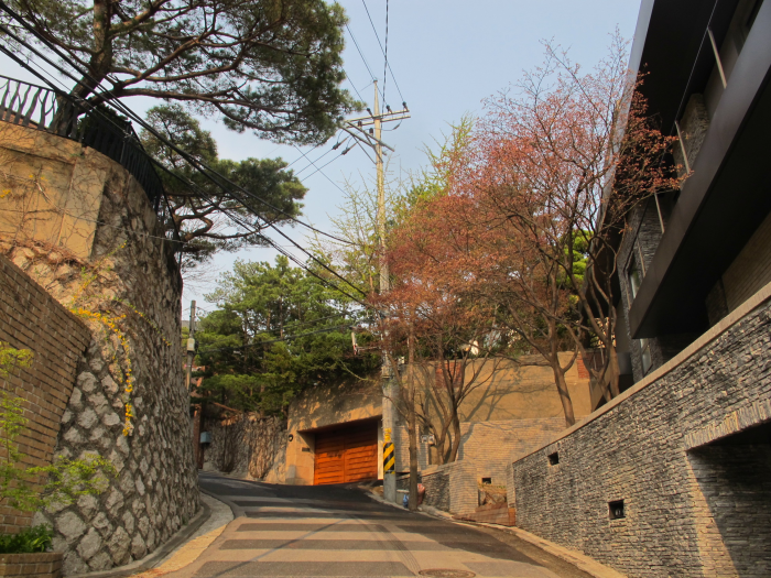 The Road of Seongbukdong
