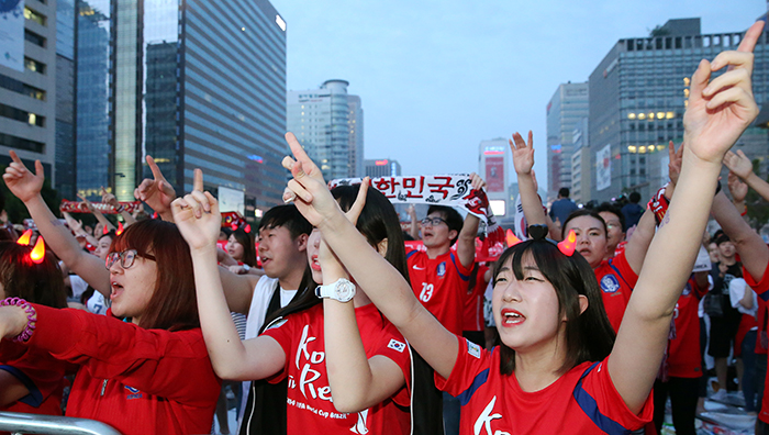 Fans_Cheers_Team_Korea_20140627_Article_04