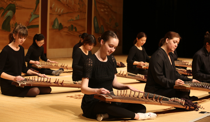 Gayageum_Expats_Performance_02