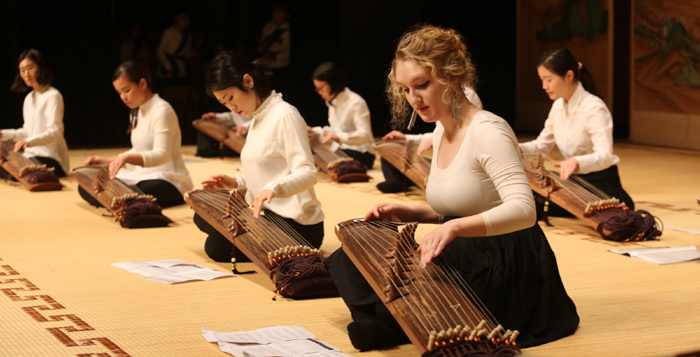 Gayageum_Expats_Performance_03