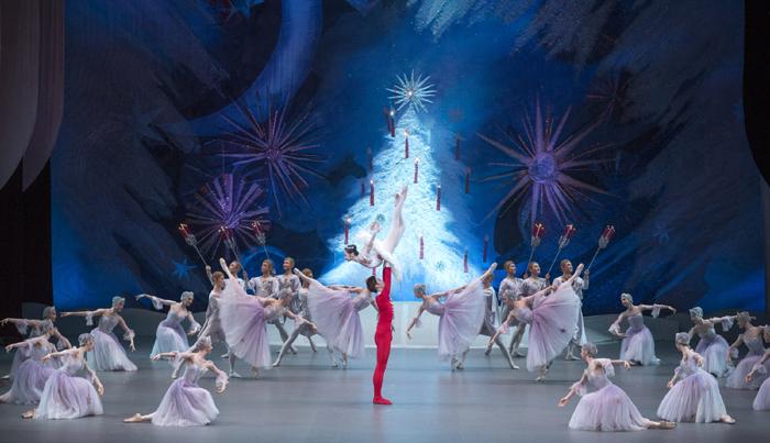 National_Ballet_Company_Nut_Cracker_01