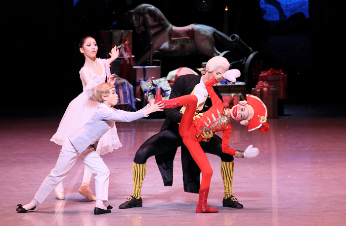 National_Ballet_Company_Nut_Cracker_02